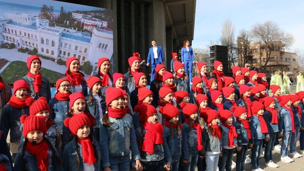 Минкульт Крыма проводит обширную программу тематических социокультурных мероприятий, посвященных пятой годовщине Крымской весны