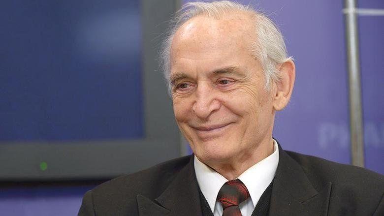 Народный артист России Василий Лановой даст благотворительный концерт в Крыму