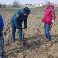Спасатели МЧС России приняли участие в акции посвященной 5-ти летию воссоединения Крыма с Россией