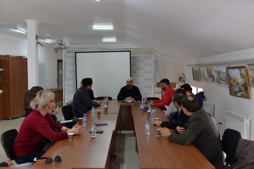 Иностранные журналисты посетили Муфтият Крыма