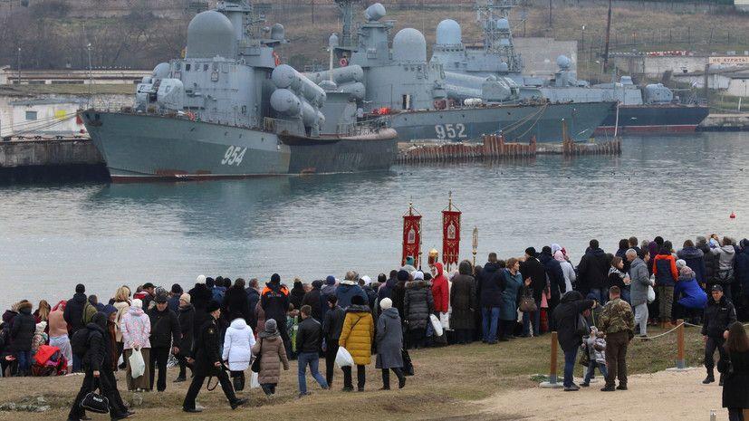Путин сравнил жителей Крыма в 2014 году с красноармейцами