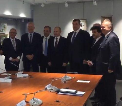 Встреча Путина с французской делегацией показала Крым территорией свободы