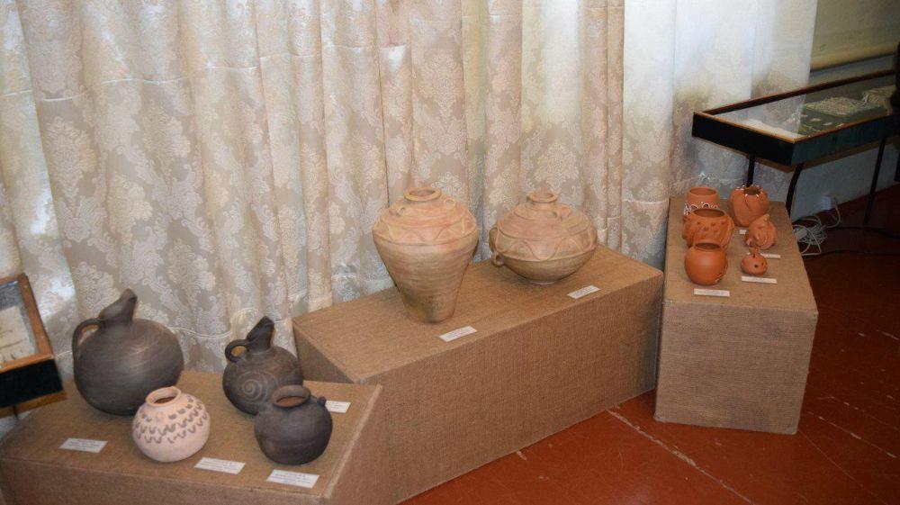 В Бахчисарайском музее-заповеднике представлена коллективная творческая выставка