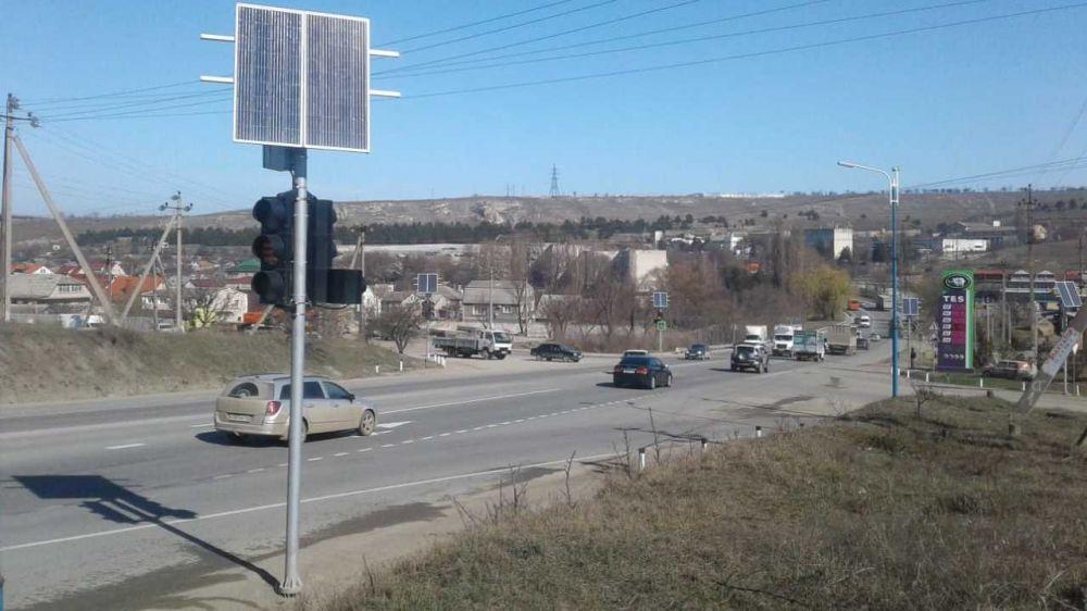 Разработан новый режим работы светофора на повороте в с. Строгановка