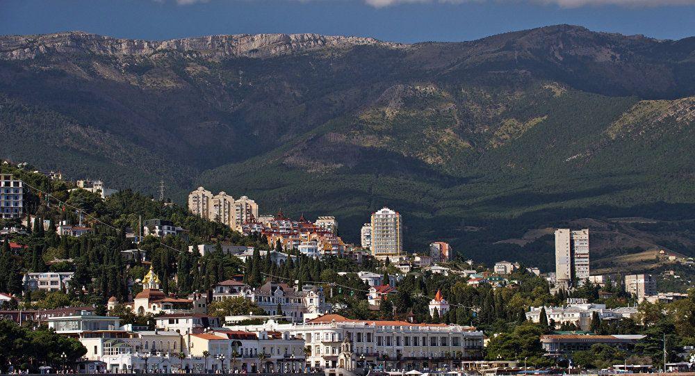 Посол России пригласил индийский бизнес исследовать Крымский регион