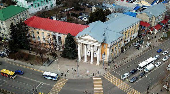 Священники в Крыму возвращаются из раскольнической церкви Украины в каноническую