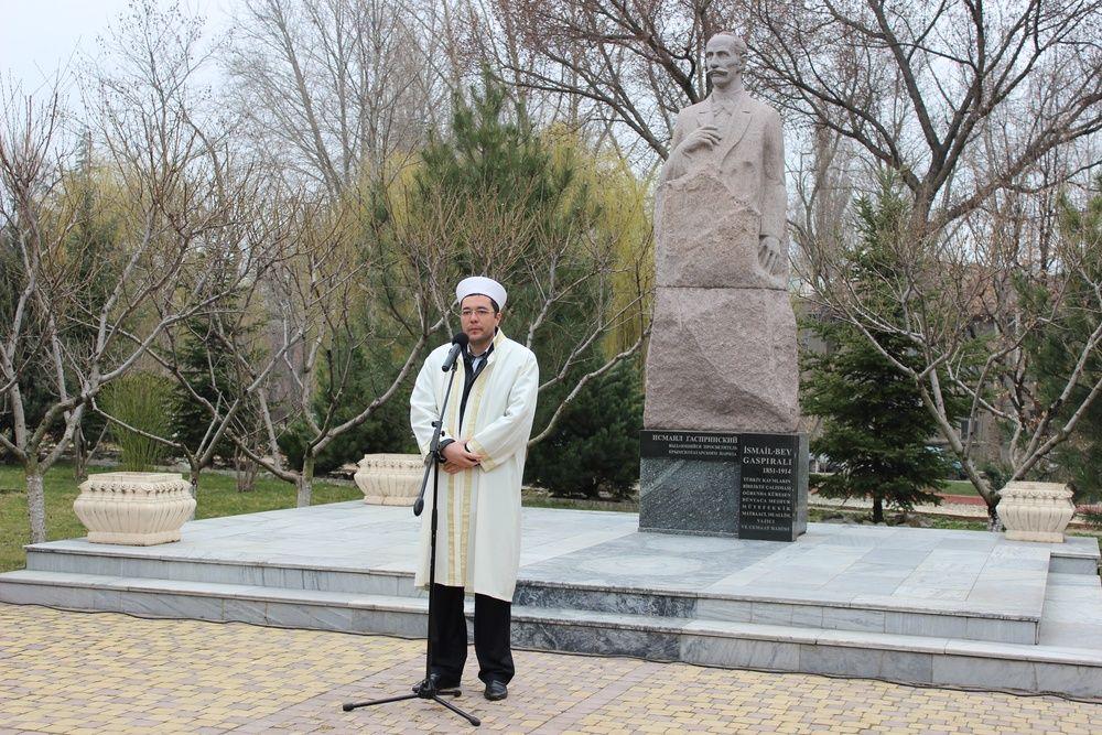 В Симферополе почтили память просветителя Гаспринского