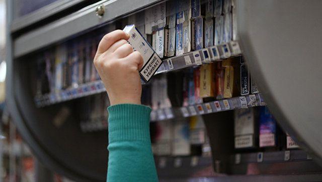 В Симферополе мужчина украл из магазина пачку сигарет и 20 тыс рублей