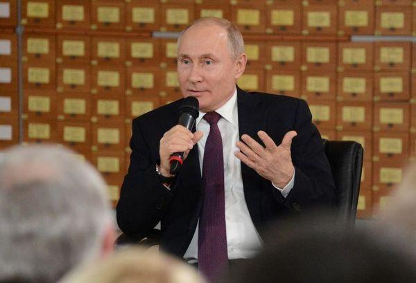 Что делал президент в Крыму?