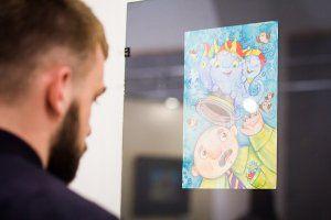 В евпаторийской галерее «theHARASHO» проходит выставка художницы Алены Калининой