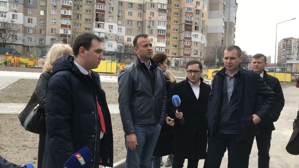 Михаил Храмов: В этом году в эксплуатацию должно быть сдано не менее 12 детских садов и школ по ФЦП