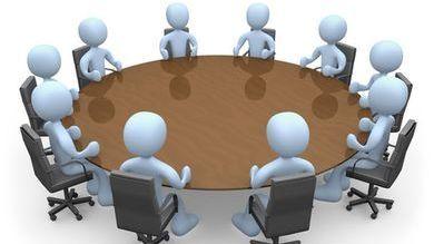 В территориальной избирательной комиссии Ленинского района состоялся Круглый стол с руководителями местных отделений политических партий