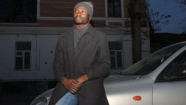 В одном черном-черном такси: удивительная история африканского водителя в Крыму
