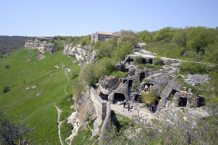 Пещерный город Мангуп-Кале включат в маршрут «Золотое кольцо Боспорского царства»