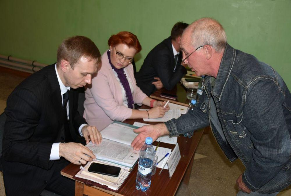 Глава города провела прием граждан в Новоозёрном