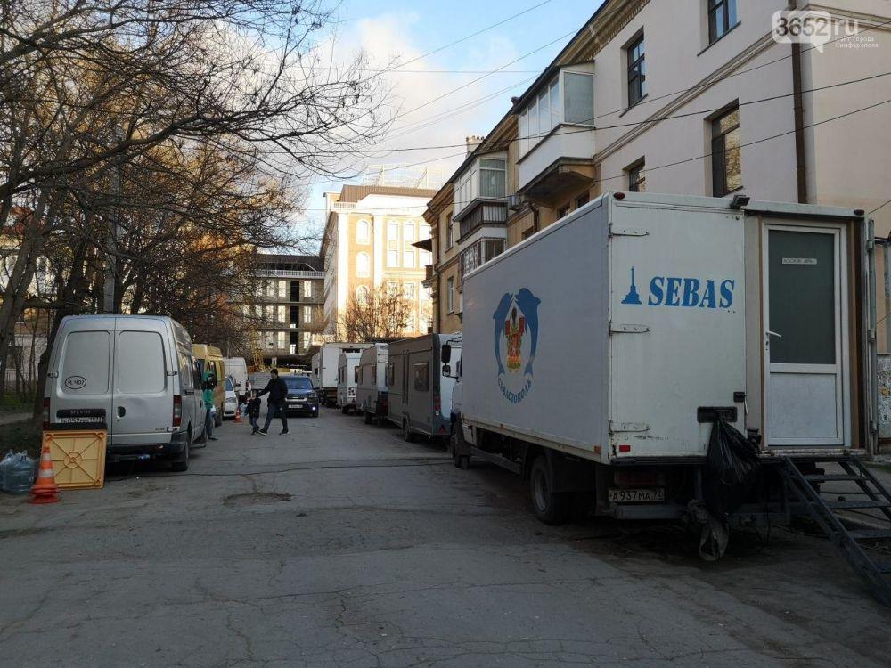 В одном из симферопольских дворов снимают многосерийный детектив