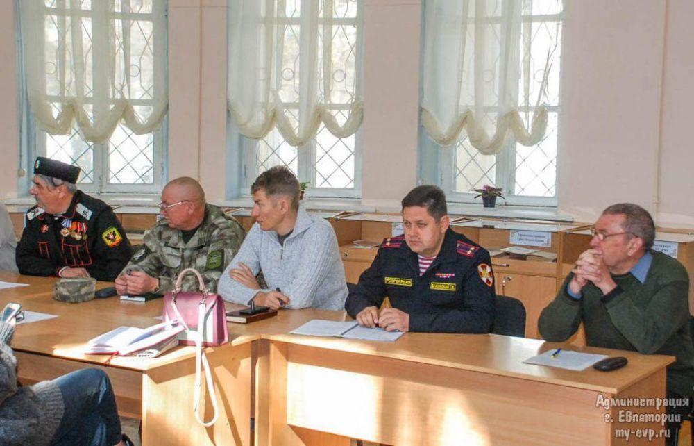 Общественный порядок в Евпатории будут помогать охранять казаки