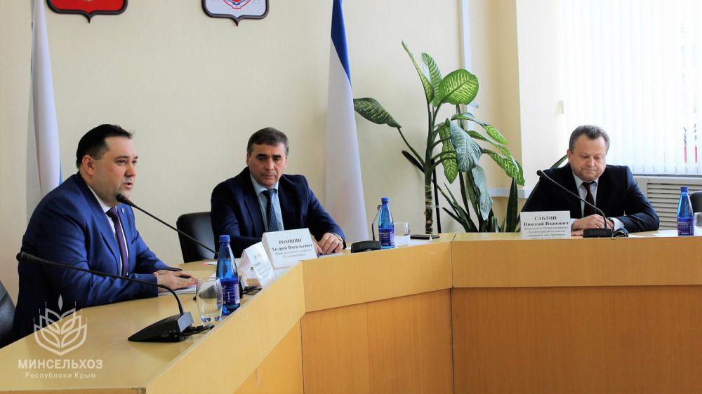 Андрей Рюмшин: Крымские работодатели приглашены присоединиться к Отраслевому соглашению по агропромышленному комплексу Республики Крым на 2019-2021 годы