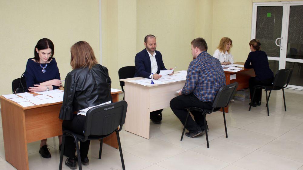 Специалисты Госкомрегистра готовятся к сдаче квалификационного экзамена на звание государственного регистратора прав