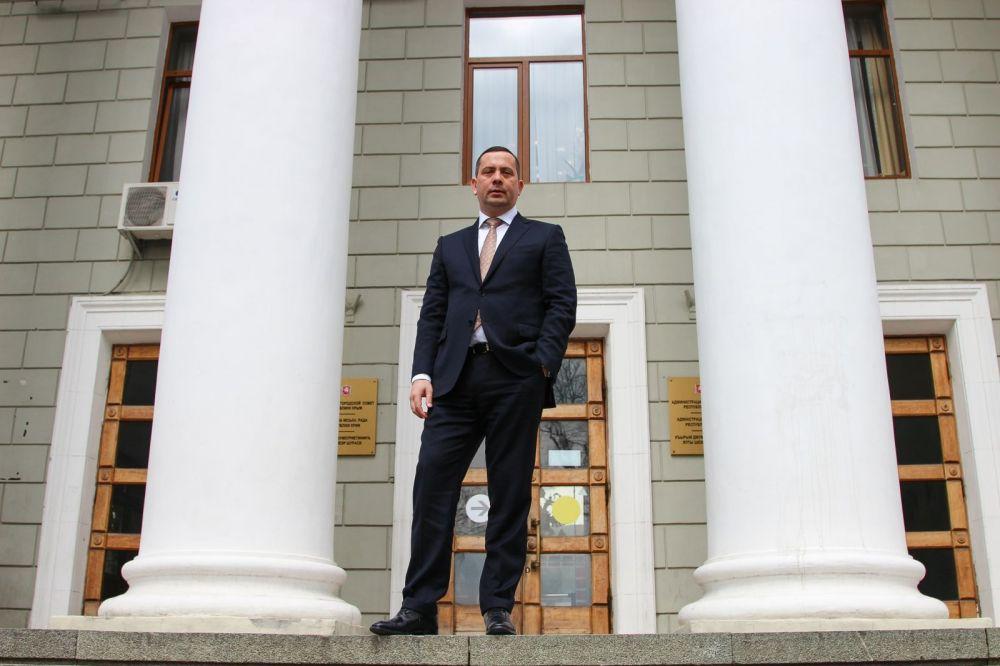 Глава администрации Ялты - о том, как возглавить город, найти денег и обойти интриги