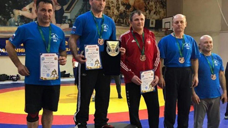 Симферополец Энвер Федосов – серебряный призер международного борцовского турнира в Калининграде!