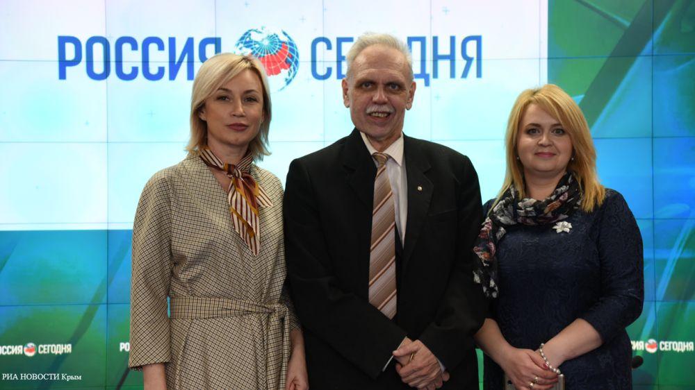 Вячеслав Зарубин и Наталья Кармазина провели пресс-конференцию приуроченную к Международному дню памятников и исторических мест