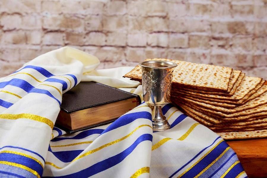 Маленко поздравила симферопольских иудеев с праздником Песах