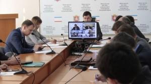 Энвер Аблаев провел видеоселекторное совещание по вопросу прохождения отопительного периода в Республике Крым