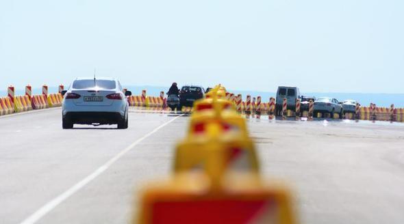 Подрядчик строительства трассы «Таврида» перед праздниками напомнил водителям о скоростном режиме