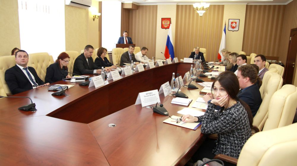 Александр Спиридонов: Основные планы Госкомрегистра на 2019 год - меньше «приостановок» и больше регистраторов прав