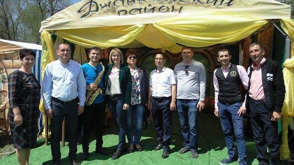 Делегация Джанкойского района во главе с Инной Федоренко приняла участие в праздновании крымско-татарского национального праздника «Хыдырлез»
