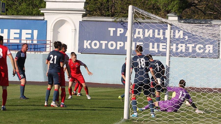 """""""ТСК-Таврия"""" долго запрягала, но свои пять мячей """"Инкомспорту"""" отгрузила"""