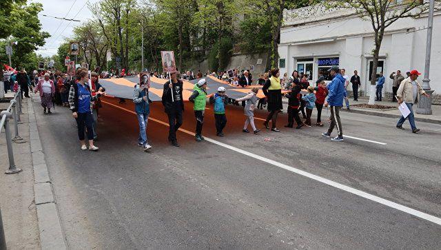 """""""Бессмертный полк"""" Севастополя: 55 тыс человек и георгиевская лента в 300 метров"""