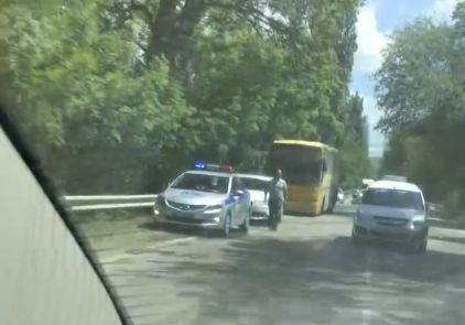В Крыму столкнулись автобус и грузовик: есть жертвы