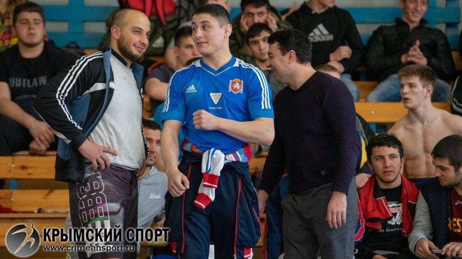 Бахчисарайский борец Ридван Османов получил очередной вызов в юниорскую сборную России