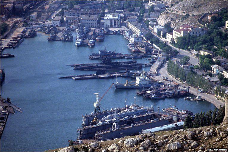 Глава Крыма поздравил моряков