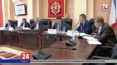 Правительственный десант в Керчи. Глава Республики взял на контроль актуальные проблемы города