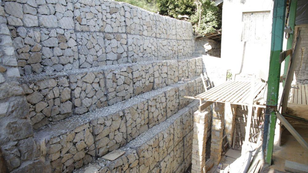 В Ялте восстановили обрушенный участок подпорной стены в переулке Ломоносова – Дмитрий Черняев
