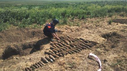 За два дня крымские спасатели ликвидировали более 8 тысяч снарядов