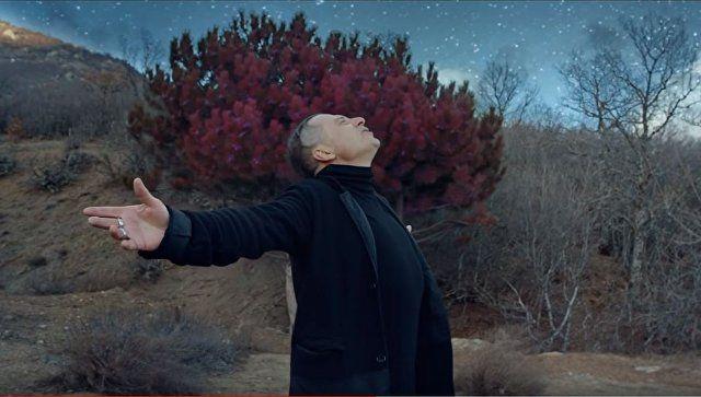 """О мечте и судьбе: создатель """"Агаты Кристи"""" представил снятый в Крыму клип"""