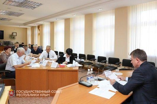 Комитет по строительству и ЖКХ представил отчет о своей деятельности за пять лет