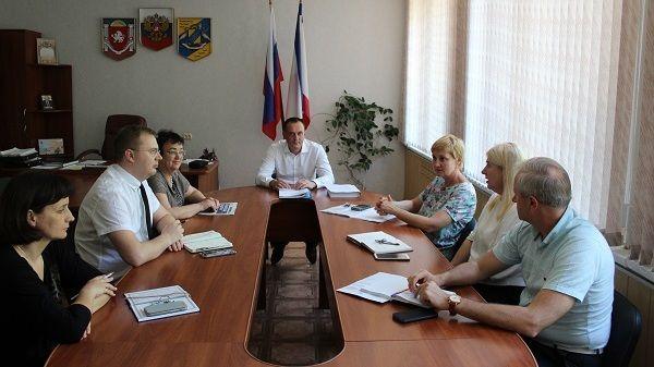 Игорь Куприянов провел заседание комиссии по организации и проведению публичных слушаний