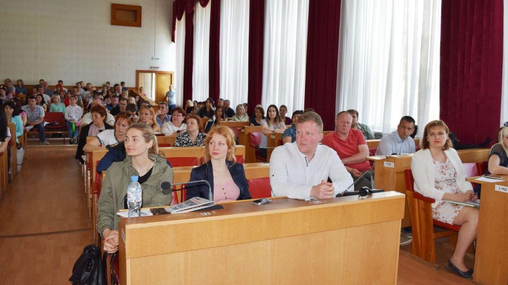 Общественный совет при Комитете госзаказа Крыма принял активное участие в проведении мероприятия по изменениям законодательства в сфере закупок