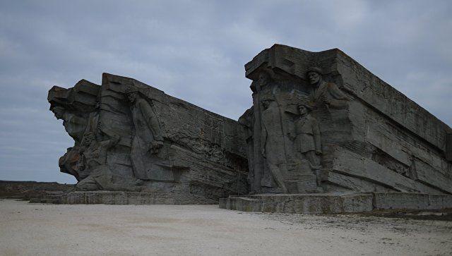 Участникам Евразийского футбольного турнира покажут в Крыму места боевой славы