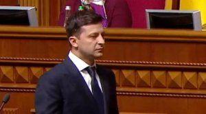 Зеленский может закончить, как Порошенко, если продолжит его политику