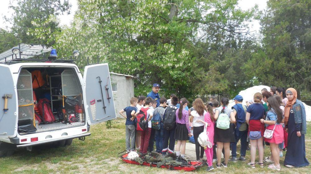 Сергей Шахов: В преддверии летнего сезона, спасатели продолжают проводить уроки безопасности в учебных учреждениях полуострова