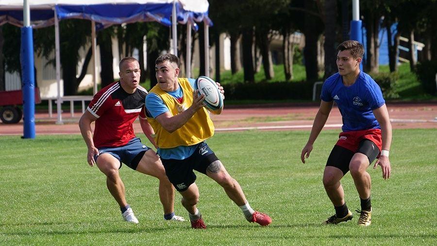 В Алуште тренируется студенческая сборная России по регби-7