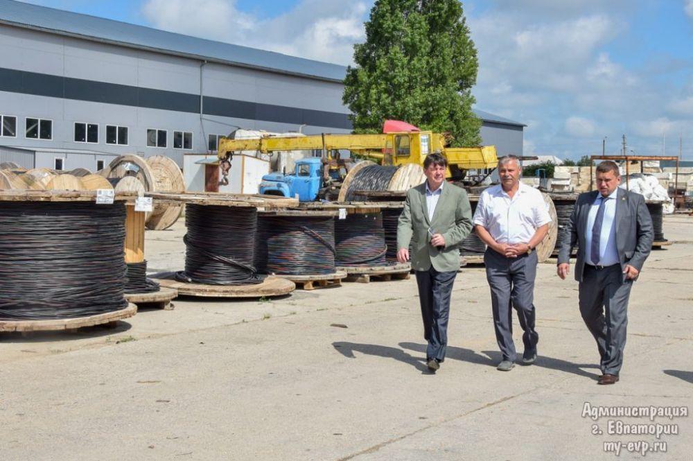 Роман Тихончук с рабочим визитом посетил завод «Евкабель»