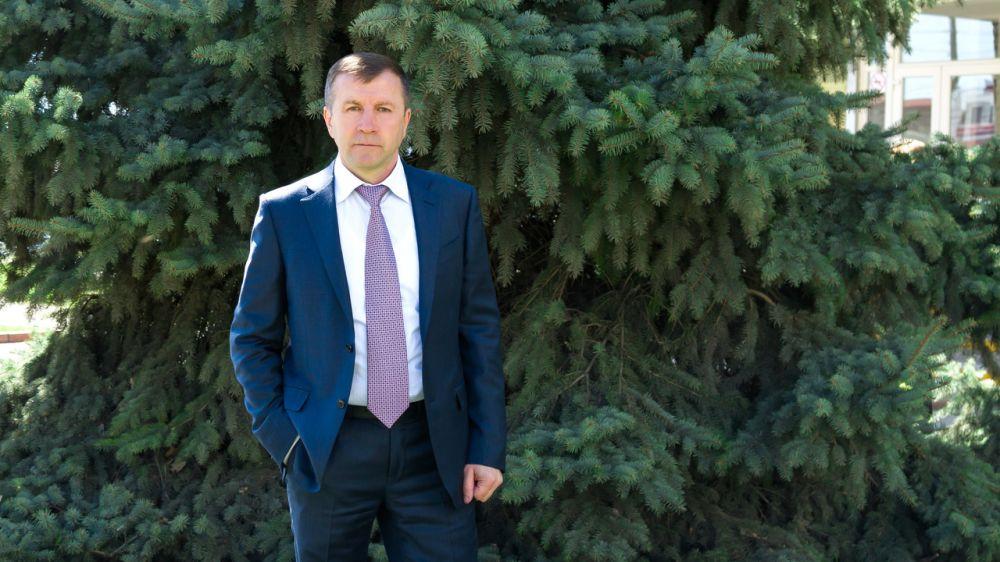 Геннадий Нараев провел рабочую встречу с сотрудниками ГАУ РК «УООПТ РК»