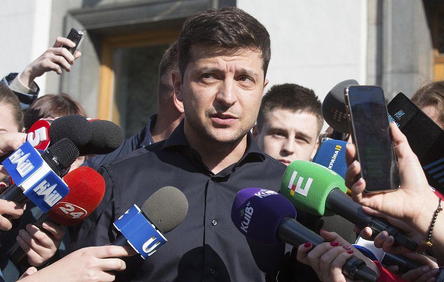 Петиция за отставку Зеленского набрала необходимое для рассмотрения количество голосов